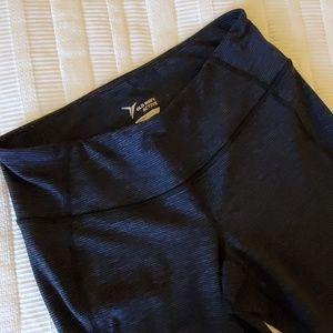 Old Navy Pants - Women's Old Navy Active capris
